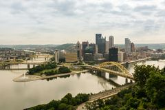 View on city of Pittsburgh from Mount Washington stock images