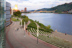 Pittsburgh Vroege Avond Stock Foto's