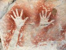 Pittura aborigena della roccia, mani Fotografia Stock Libera da Diritti