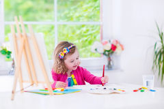 Pittura della bambina Fotografie Stock