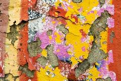 Pittura della sbucciatura nei graffiti di lerciume Fotografia Stock Libera da Diritti