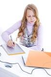 Pittura della scolara con il convertitore analogico/digitale Fotografie Stock