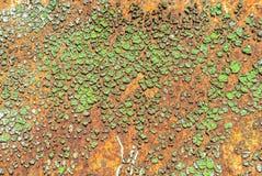 Pittura scheggiata sul fondo di struttura della superficie del ferro Immagine Stock Libera da Diritti
