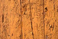 Pittura scheggiata sulla parete di vecchia struttura dei bordi Immagine Stock