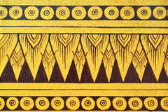 Pittura tailandese antica sulla parete in tempio di Buddha immagini stock