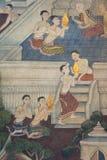 Pittura tailandese tradizionale di stile sulla parete del tempiale Fotografie Stock Libere da Diritti