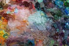pitture ad olio degli artisti sulla tavolozza di legno Fotografia Stock
