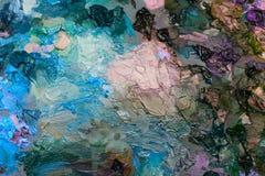 pitture ad olio degli artisti sulla tavolozza di legno Fotografie Stock