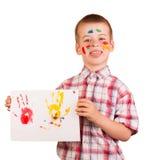 Pitture del disegno del ragazzo impertinente isolate su fondo bianco Immagini Stock Libere da Diritti
