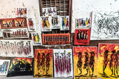 Pitture variopinte di Zanzibar sulla vendita locale della via Fotografia Stock Libera da Diritti