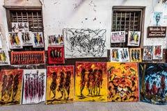 Pitture variopinte di Zanzibar sulla vendita locale della via Fotografie Stock Libere da Diritti