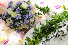 Piume decorative Wedding per la cerimonia nuziale immagine stock