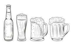 Piwna butelka i szkła Wektorowa ilustracja odizolowywająca na biały tle ręka patroszona ilustracja wektor