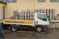 piwna doręczeniowa ciężarówka fotografia stock
