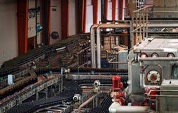 Piwny fabryczny wnętrze Obrazy Stock