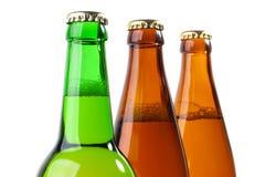 piwo butelkuje zbliżenie Zdjęcia Stock