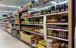Piwo i alkohol na sprzedaży Fotografia Stock