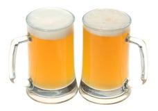 piwo napadać na kogoś dwa zdjęcia royalty free