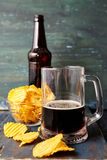 Piwo z układami scalonymi obrazy royalty free