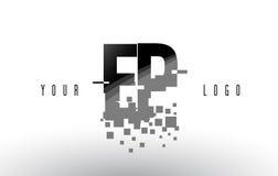 Pixel-Buchstabe-Logo EP E P mit Digital zerbrochenen schwarzen Quadraten Stockfotos