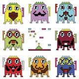 Pixelated hipster robot emoticons met eenvoudig met het schieten van ruimteschipelement door de spelen wordt geïnspireerd die van royalty-vrije illustratie
