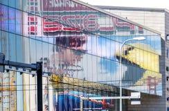Pixels et mission impossible - panneaux d'affichage 1 de films de Rogue Nation Image stock