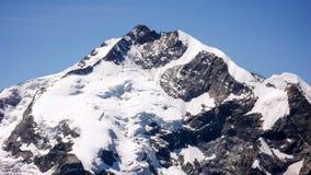 Piz Bernina e Bianco Ridge nelle alpi svizzere Immagini Stock Libere da Diritti