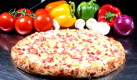 piza cuit au four par four frais Images stock