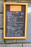 Pizarra con del español un menú diariamente Fotos de archivo