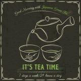 Pizarra de Brown con dos tazas de té verde japonés Imagen de archivo