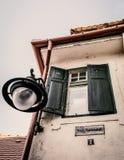 Pizca de la ventana una luz grande Foto de archivo