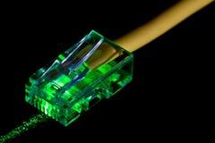Pizca del cable de Ethernet una luz laser Fotos de archivo libres de regalías