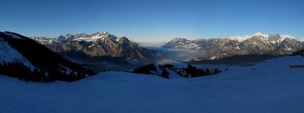 从Pizol滑雪区域的日落视图 库存图片