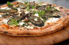 Pizza 2 de la berenjena del parmesano Fotografía de archivo