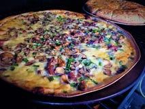 Pizza affumicata di legno Fotografie Stock