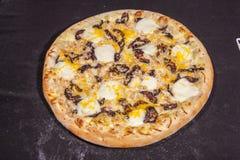 Pizza, alimenti a rapida preparazione Fotografia Stock Libera da Diritti