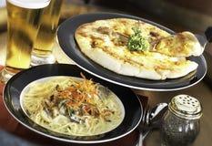 Pizza & deegwaren royalty-vrije stock afbeelding