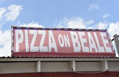 Pizza auf Beale, Memphis, TN stockfotografie