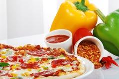 Pizza avec le légume Photos stock