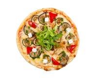 Pizza avec le lard, chou-fleur, fromage, tomates-cerises, d'isolement Photos stock