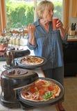 Pizza & birra casalinghe Fotografie Stock