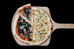 Pizza blanca y pizza de Queso Gorgonzola Imágenes de archivo libres de regalías