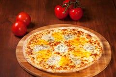Pizza caliente Imagenes de archivo
