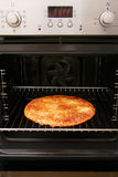 Pizza caseiro cozida forno Imagem de Stock Royalty Free