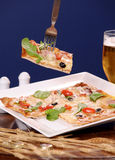 Pizza chaude fraîche - plan rapproché Photos stock