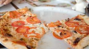 Pizza com tomate Fotografia de Stock Royalty Free