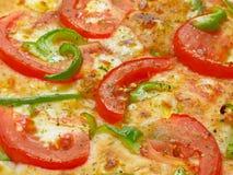 Pizza com tomate e pimenta verde Foto de Stock Royalty Free