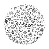 Pizza com um grupo de ingredientes Fotografia de Stock Royalty Free