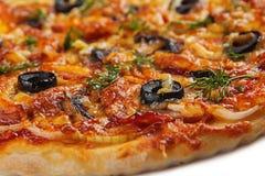 Pizza con carne affumicata Fotografia Stock Libera da Diritti