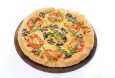 Pizza con la seta y los tomates imagen de archivo libre de regalías